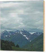 Green Pastures And Mountain Views Wood Print