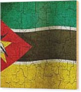 Grunge Mozambique Flag Wood Print