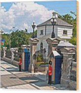Guards At Queen's Gate In Ottawa-on Wood Print