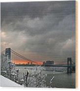 Gw Bridge In Winter Sunset Wood Print