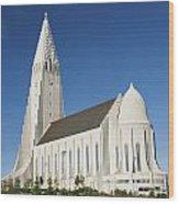 Hallgrimskirkja Church In Reykjavik Iceland Wood Print