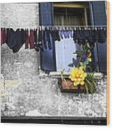 Hanging Out To Dry In Venice 2 Wood Print