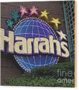 Harrahs Of New Orleans Wood Print