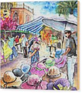Hat Shopping At Turre Market Wood Print