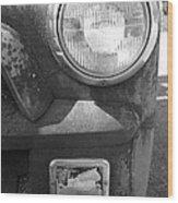 Headlight Of The Past Wood Print