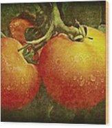 Heirloom Tomatoes On The Vine Wood Print