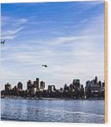 Helicopter Tour Of Nyc Wood Print