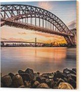 Hell Gate And Triboro Bridge At Sunset Wood Print