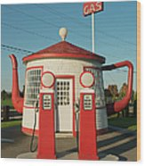 Historic Teapot Gas Station Wood Print