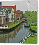 Homes Near The Dike In Enkhuizen-netherlands Wood Print