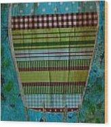 Hot Air Balloon In Blue Sky Wood Print
