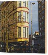 Hotel Bostwick Wood Print