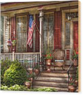 House - Porch - Belvidere Nj - A Classic American Home  Wood Print