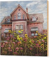 House - Victorian - Summer Cottage  Wood Print
