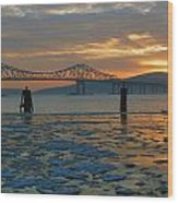 Hudson River Icey Sunset Wood Print