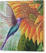 Humming For Nectar Wood Print