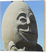 Humpty Dumpty Sand Sculpture Wood Print by Bob Christopher
