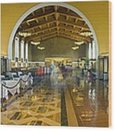 Hussel And Bussel At The Union Train Station Los Angeles Ca Wood Print