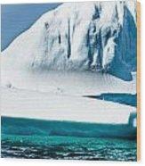Ice Xxv Wood Print