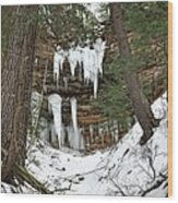 Icicle Formations In The Upper Peninsula Wood Print