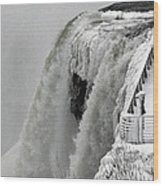 Icy Plunge At Niagara Falls Wood Print