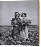 In A Field Of Flowers Vintage Photo Wood Print