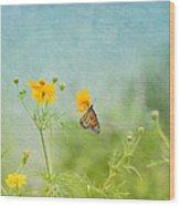 In The Garden - Monarch Butterfly Wood Print