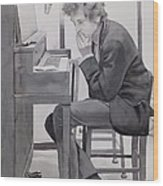 In The Studio Wood Print by Robert Hooper