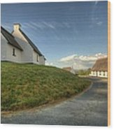 Inchiquin Cottages Wood Print