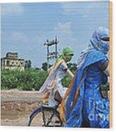 India Wood Print by Ricardo Lisboa