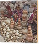 Indian Women Selling Pottery Wood Print