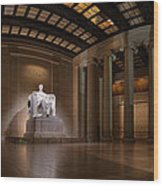 Inside The Lincoln Memorial Wood Print