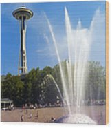 International Fountain And Space Needle Wood Print