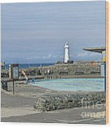 Irish Sea Lighthouse On Pier Wood Print