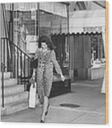 Jacqueline Kennedy In Leopard Print Wood Print by Retro Images Archive