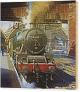 Jubilee 4.6.0 At Liverpool Lime Street. Wood Print by Mike  Jeffries