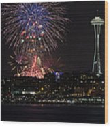 July 4th Fireworks In Seattle Wood Print by Yoshiki Nakamura