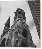 Kaiser Wilhelm Gedachtniskirche Memorial Church Next To The New Church Berlin Germany Wood Print