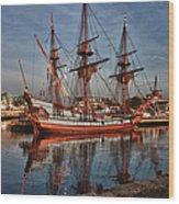 Kalmar Nyckel At Anchor In Salem Ma Wood Print