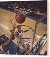 Kareem Abdul Jabbar Tip In Wood Print by Retro Images Archive