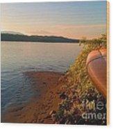 Kayak On The Hudson Wood Print