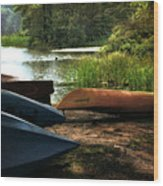 Kayaks On The Shore Wood Print