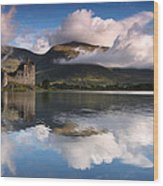 Kilchurn Castle Wood Print by Guido Tramontano Guerritore