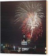 Kingston New Years Eve Fireworks Wood Print by Paul Wash