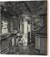 Kitchen In Decay Wood Print