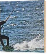 Kite Surfing Splash Wood Print by Dan Sproul
