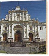 La Antigua Cathedral Wood Print