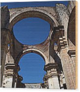 La Antigue Cathedral Ruin Wood Print