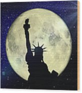 Lady Liberty Nyc - Featured In Comfortable Art Group Wood Print