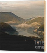 Lake And Town, Umbria, Italy Wood Print